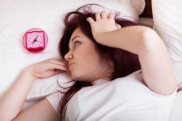 失眠怎么办?生活中应该如何处理?