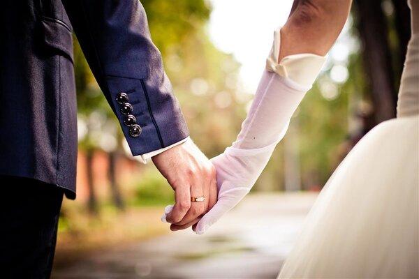 为什么男人总觉得老婆是别人家的漂亮
