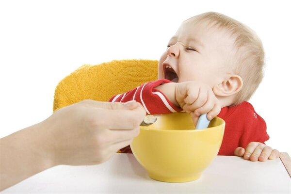 天气太热影响食欲,高温天如何给宝宝补充营养?
