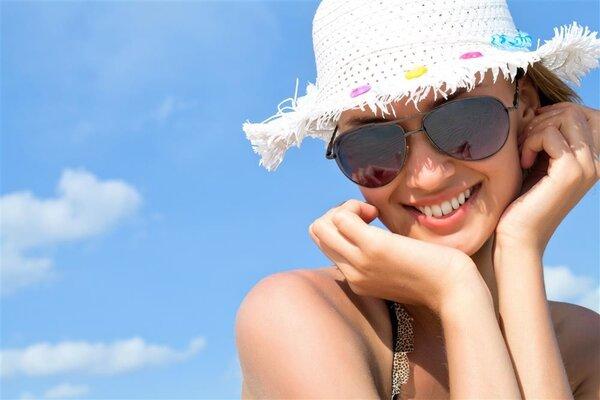 夏季穿什么衣服更防晒?深色衣服比浅色衣服效果好