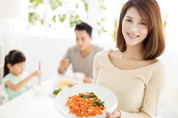 不吃晚餐能减肥?长期不吃晚餐,身体会有这些变化