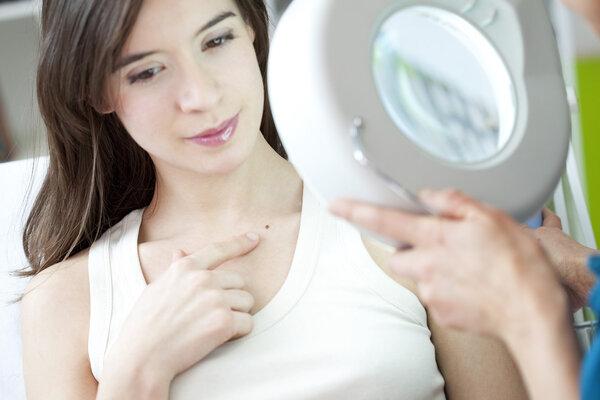 坊间流传的治皮肤病偏方靠谱吗?