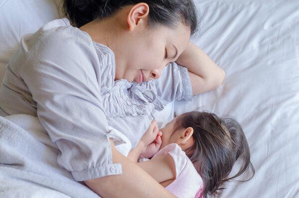 母乳喂养多久最好?