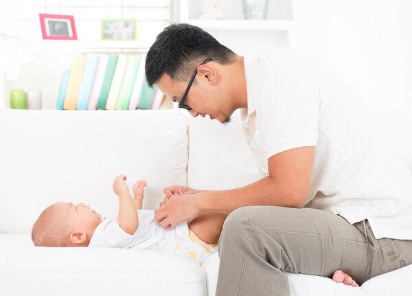 宝宝每天尿几次算正常?