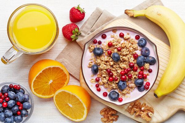 澳门金沙网站app:女孩子一日三餐吃燕麦能减肥吗?
