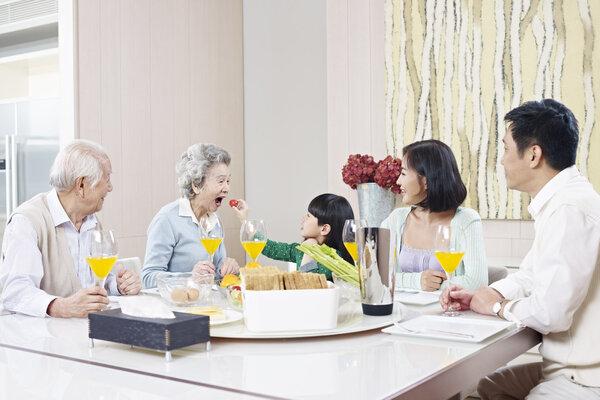 春节吃什么好?老人春节饮食注意6个原则