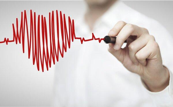 心率正常范围,每个年龄段不一样!这些因素会导致心跳异常!
