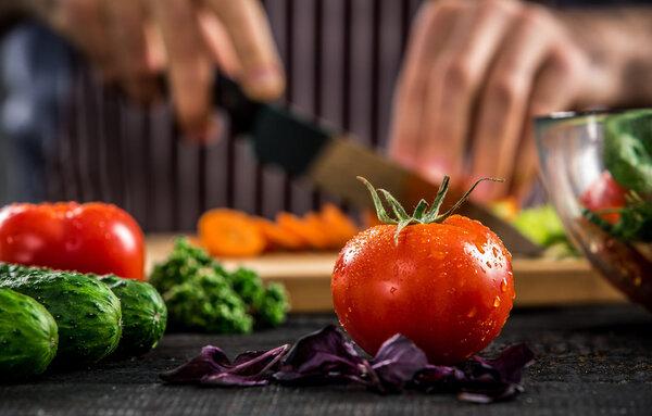 女性减肥可以吃西红柿吗?