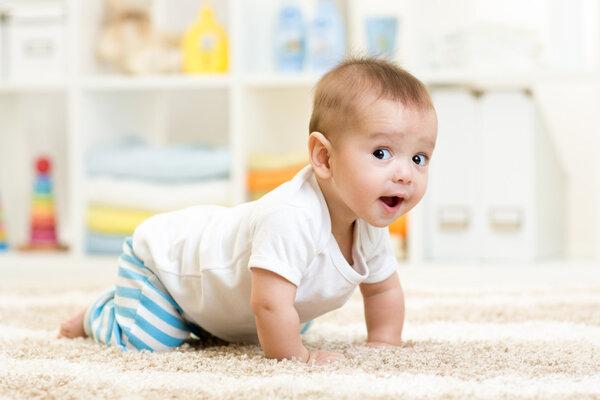 宝宝出现8种情况小心运动发育迟缓