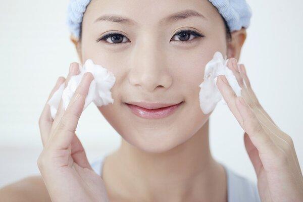 护肤美白步骤 护肤步骤的正确步骤