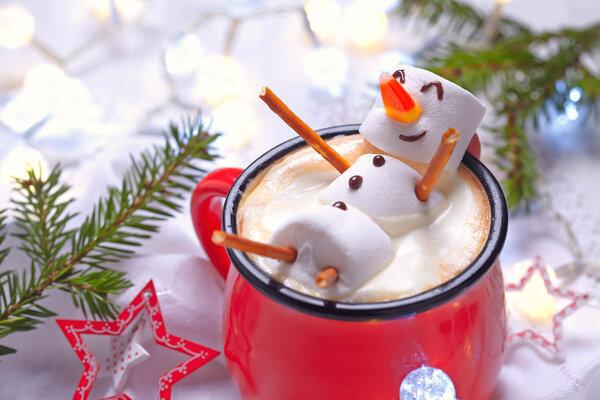 """这样喝咖啡,当心变""""小黄人""""!"""