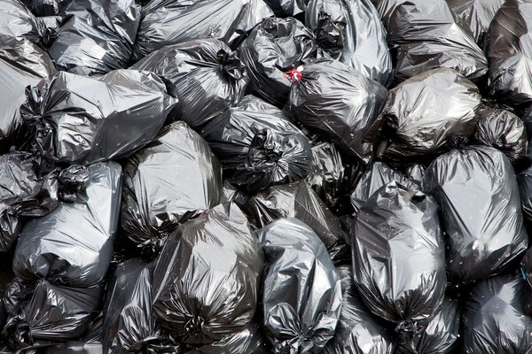 房客退租满屋垃圾:与垃圾同住,健康岌岌可危