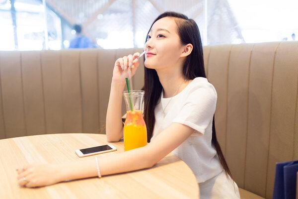 夏天不喝饮料怎么忍?4种饮料减肥期间随便喝