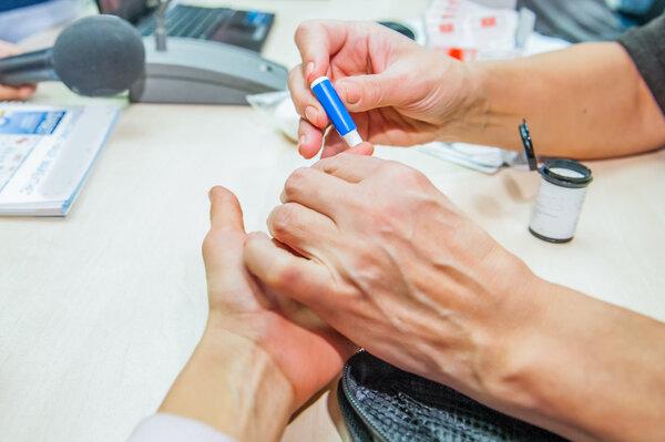 福音!我国首个《糖尿病患者胰岛素无针注射操作指引》发布