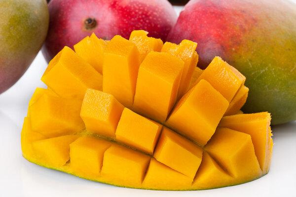 晚上吃四色水果最合适