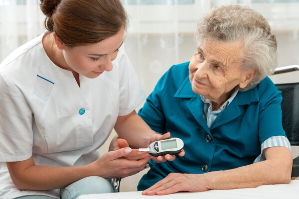 论护士的重要性!护士每少管
