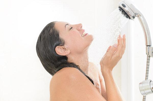 女人不同时期该如何清洗