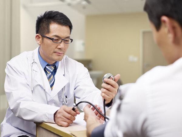 """测出""""高血压""""?寒冷、憋尿会使血压突然升高"""