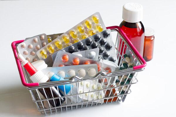 春节出游,收好这份简单又便宜的备药清单