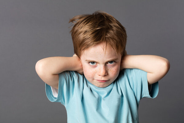 不可忽视!小孩拉扯耳朵或中耳炎