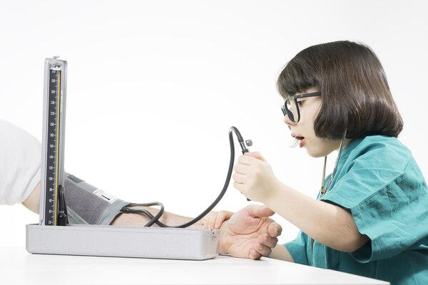 外耳道异物的紧急处理办法
