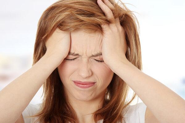 女子长期熬夜颅内动脉瘤破裂,这种易使青壮年猝死的病有征兆吗?