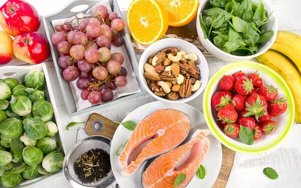7种损害大脑的食物,潜伏在每个人身边,快让家人远离