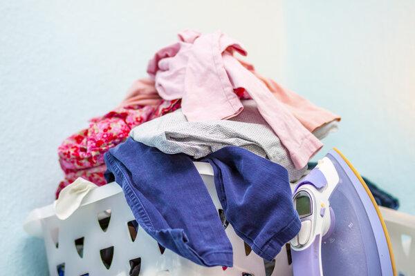 换季了,秋冬衣服需要洗了再穿吗?