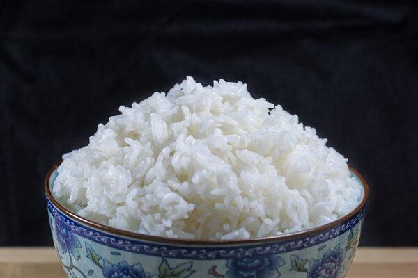 为白米饭正名!研究:我国糖尿病与吃白米饭关系不大