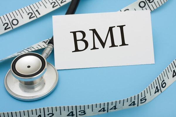 口服抗凝治疗的房颤患者体重指数