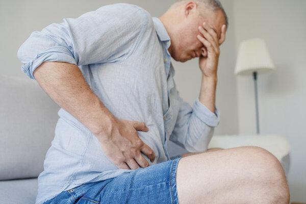 30年来每天都喝一斤酒 男子突发胃穿孔险丢命
