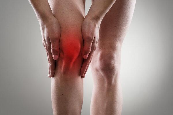 47岁女子70岁的膝关节 专家