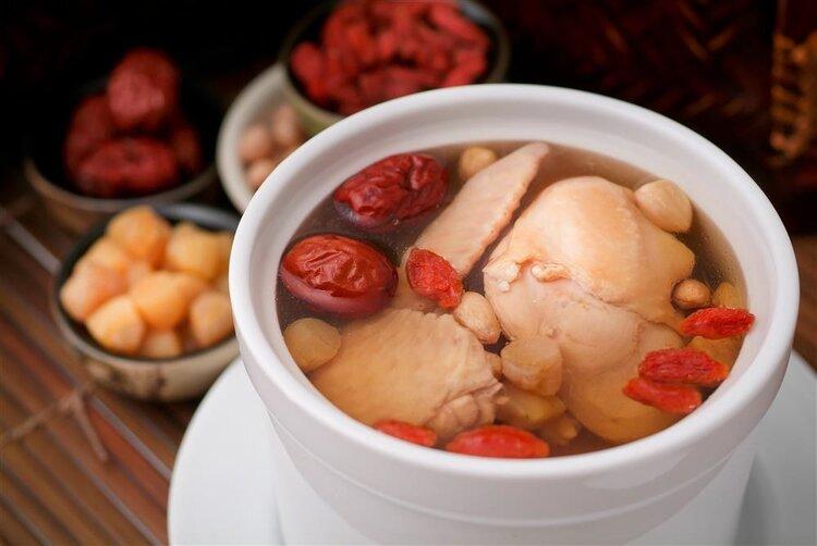 """为什么老广都爱喝汤?不是真""""爱"""",原因很辛酸"""