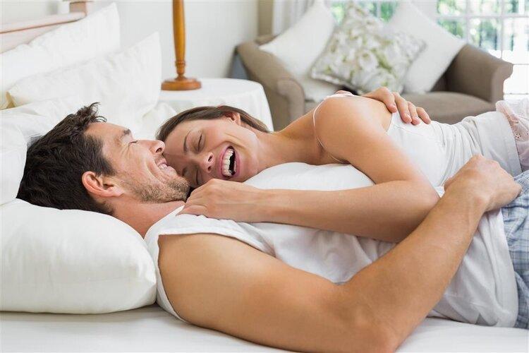 夫妻同床睡好处多多,竟还包括可以预防心脏病 健康养生 第3张