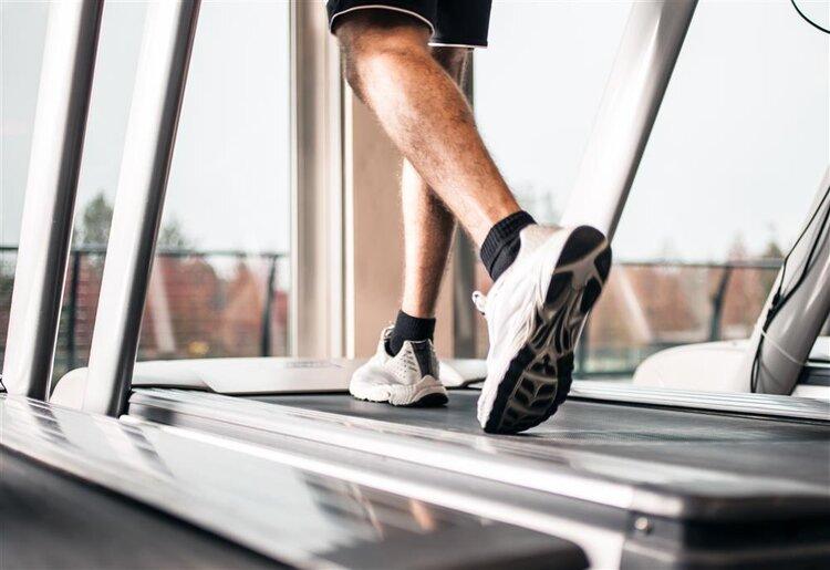 跑步机减肥计划让你在半年内减掉35斤