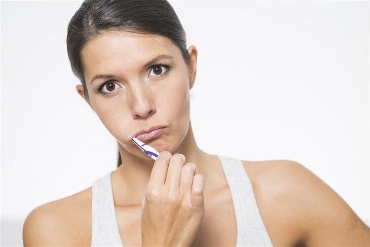导致刷牙恶心的原因