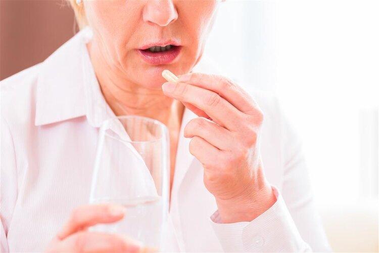 你会吃药吗?药师:3种药片不可掰开吃!别不听劝