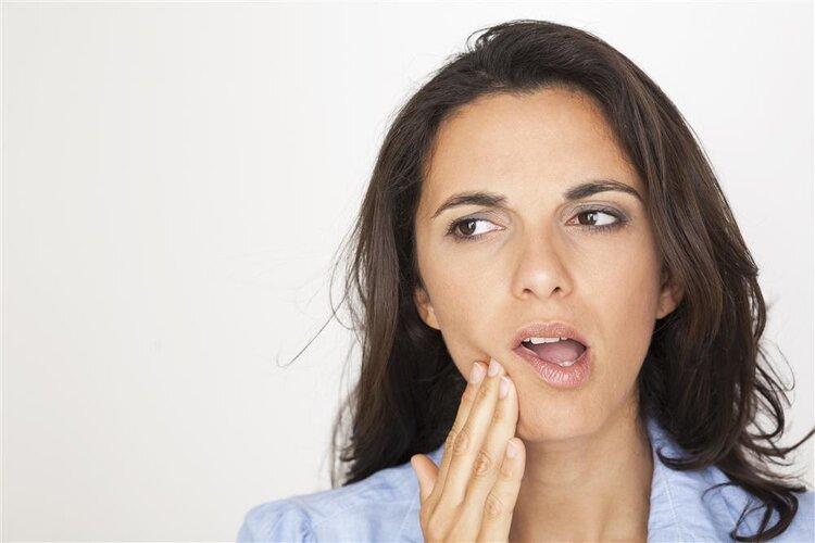 脸颊凹陷时会发生什么?