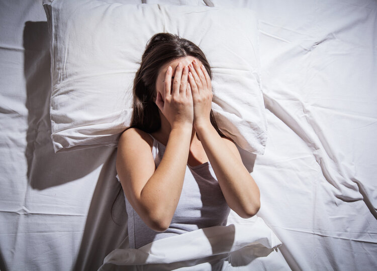 凌晨醒来,就睡不着了?生理和心理上,有几个原因