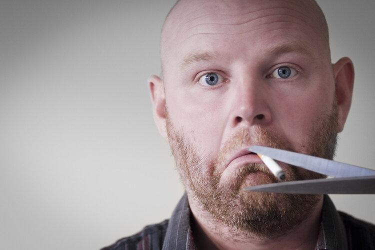 戒烟后总是复吸,为什么?三个原因,很多人看了直拍大腿