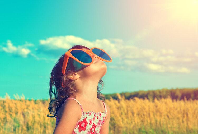 """陽光是骨骼的""""加油站""""!如何曬太陽,醫生一句話說到點子上"""