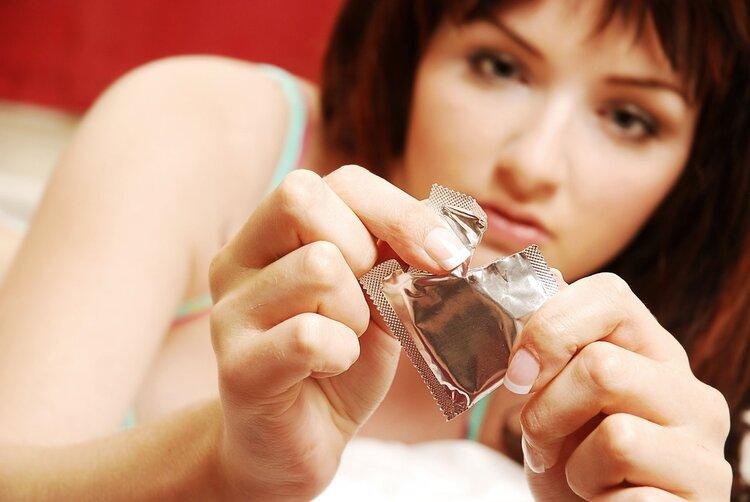 女人要学会保护自己,这3个时期一定要做好避孕