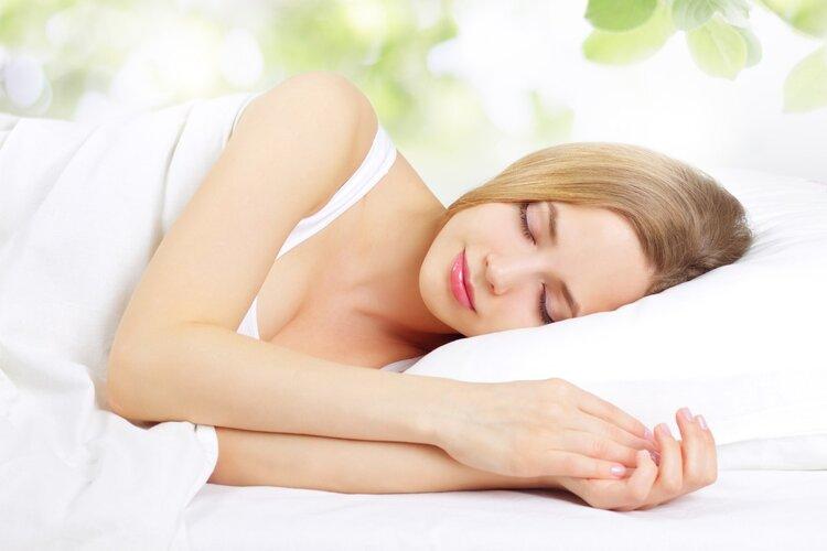 美容觉真能美容!睡好美容觉,躺着就变美!