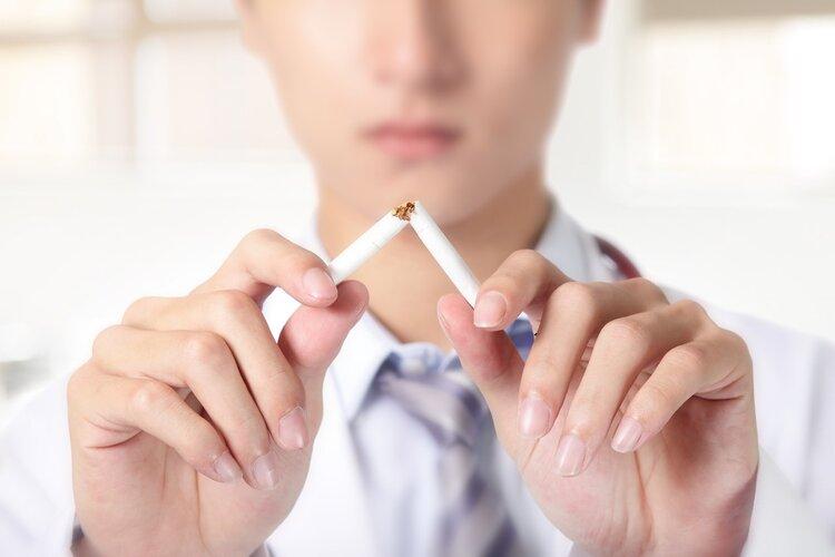 出现这三种情况,事不宜迟,你该去医院戒烟了!