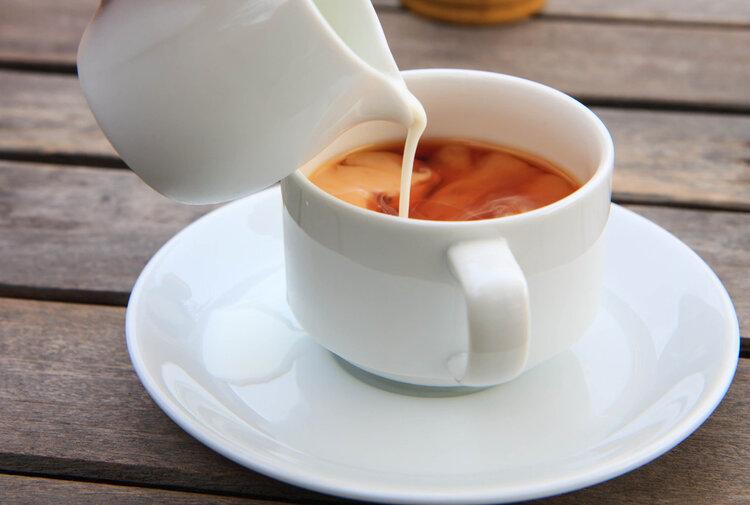 减肥期间我能喝点咖啡吗?