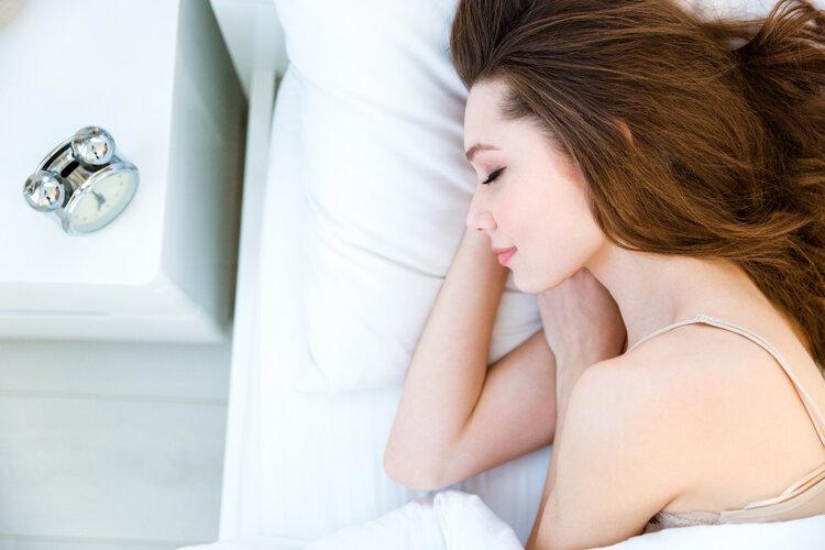 """越裸睡越健康:但4种人不宜!不然只会悄悄""""害病"""""""