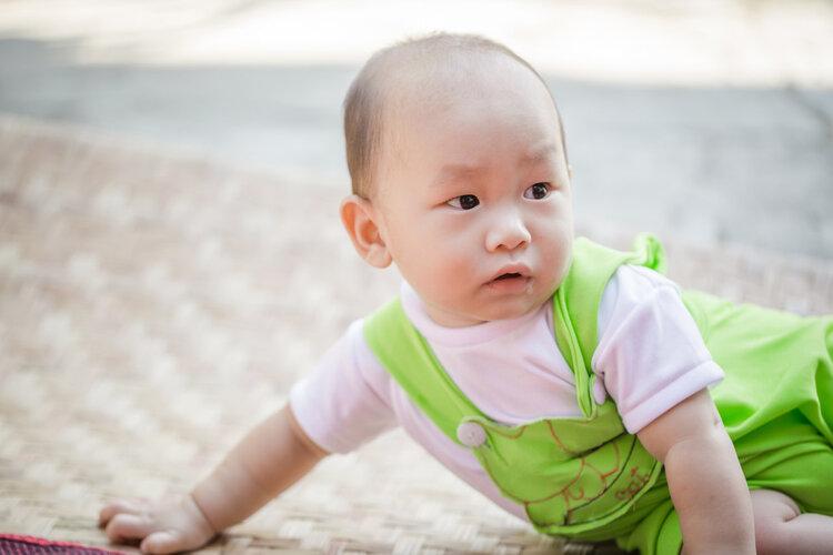 常剃光头,宝宝的头发就会变浓密?宝妈们别再被骗了!
