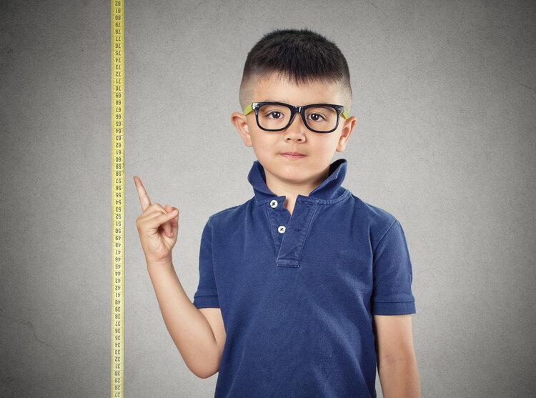"""基因决定身高?没那么简单,4大因素是孩子长高的""""拦路虎"""""""