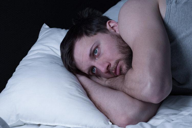 不想睡到凌晨3.4点就醒来?这些方法,或能保你一觉到天亮