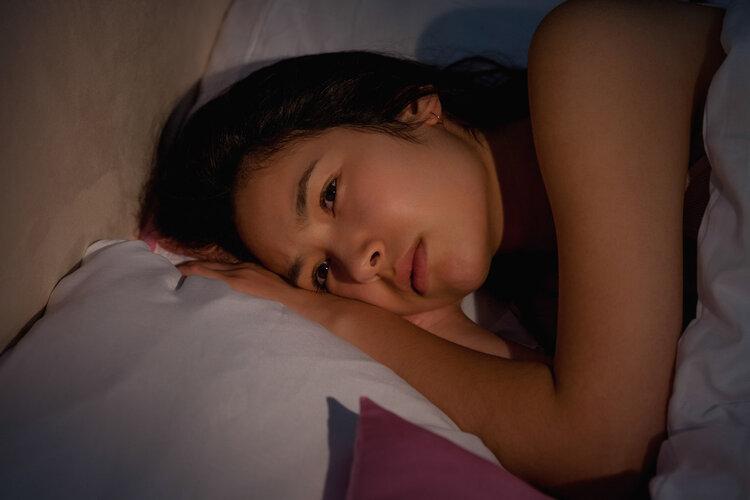 每天晚上都睡不好觉?想深入些:可能有4个原因
